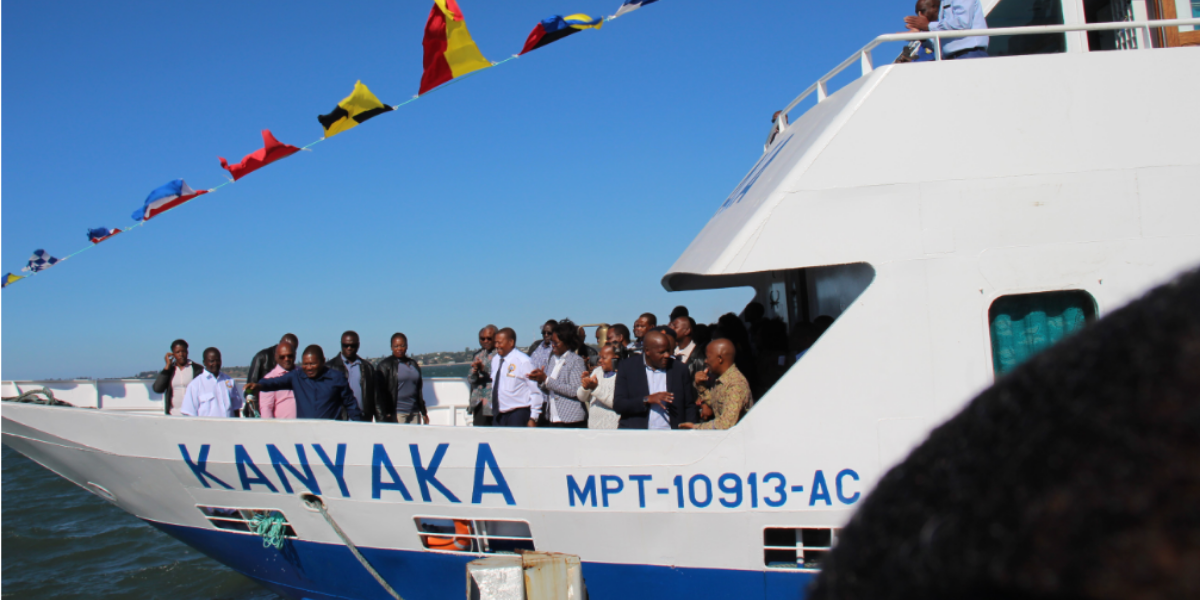 Ferry to Inhaca Island